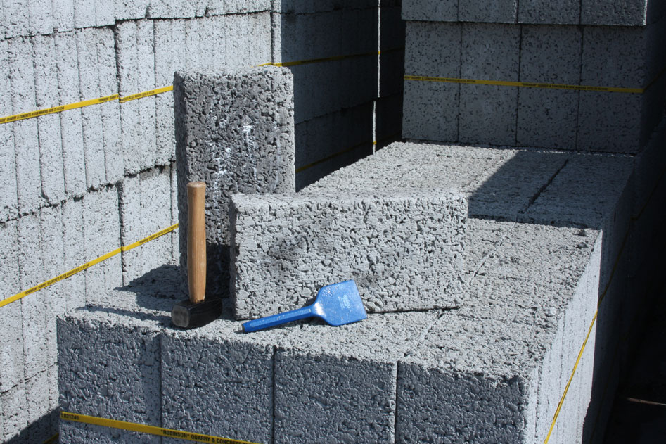 Concrete block - 10.5 Newton